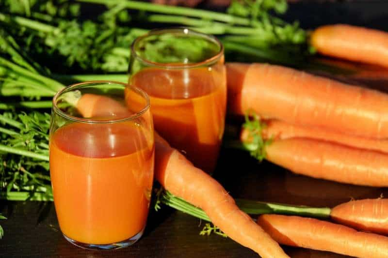 Is Drinking Carrot Juice Healthy?
